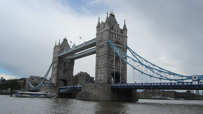 Colour photograph of Tower Bridge showing the central towers, bascules and side spans.